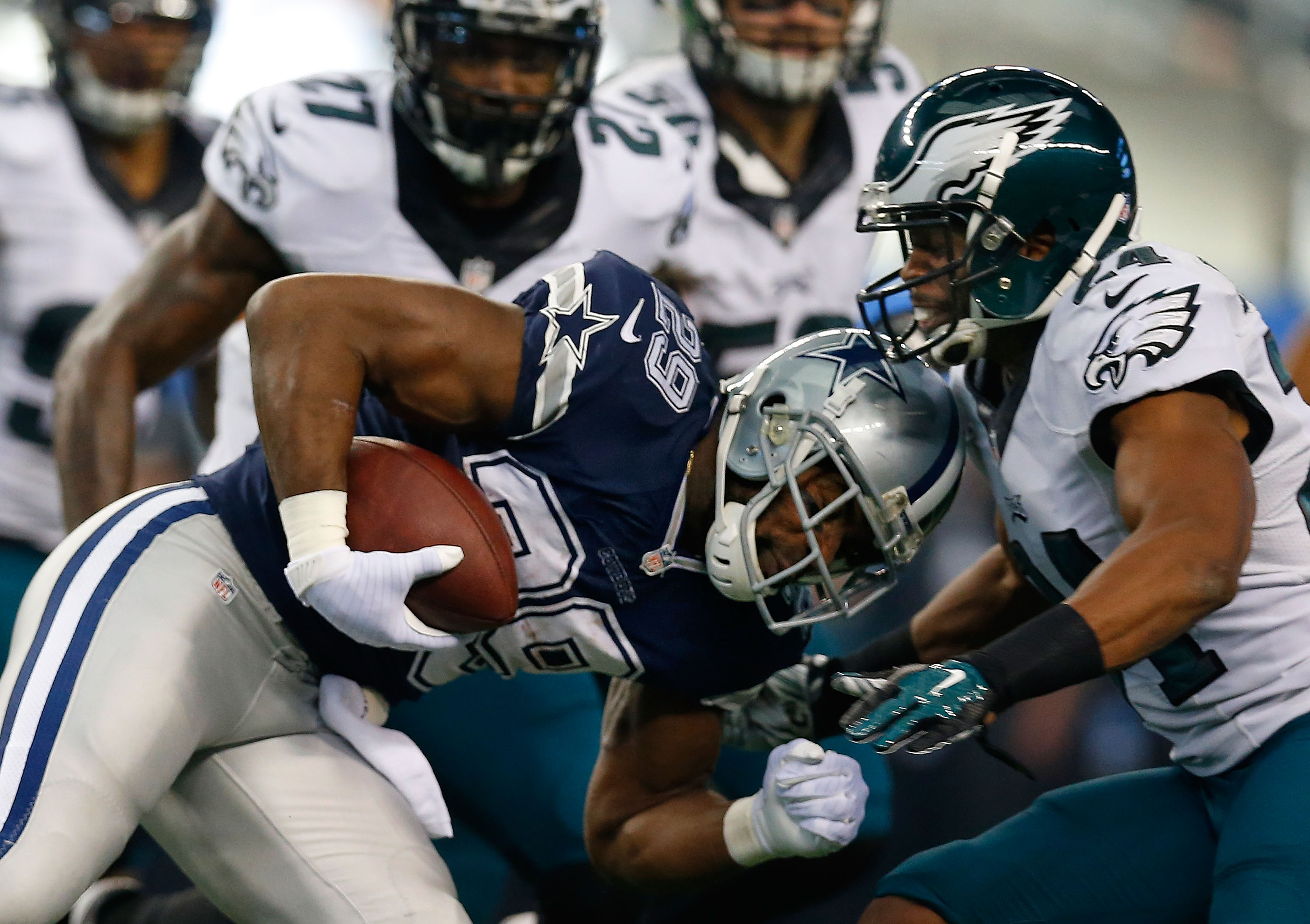 A bunch of storylines surround the Philly-Dallas matchup on MNF