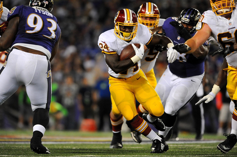 Lamar gets brief workout in Ravens 37-3 preseason win over Washington