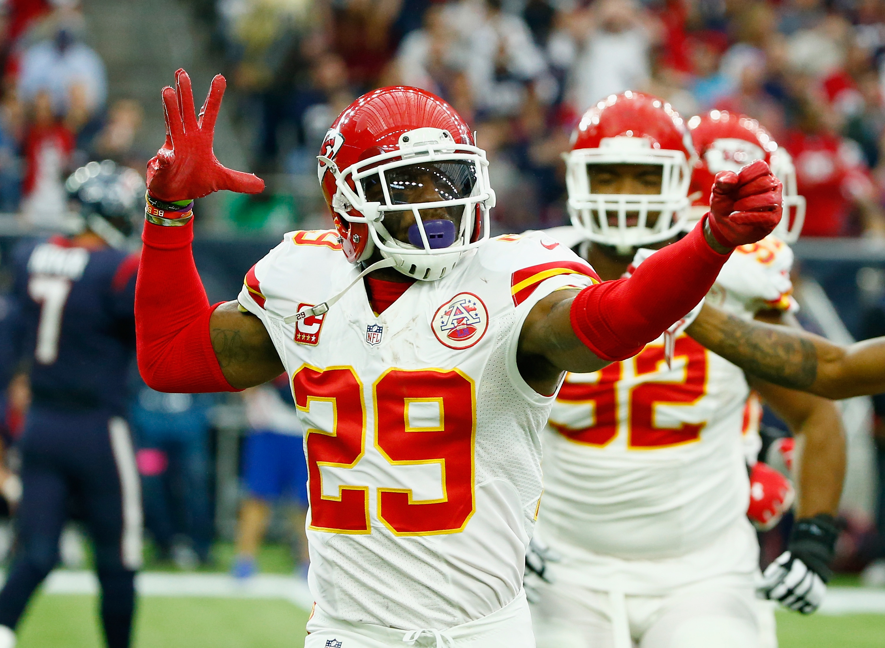 Robert Quinn, Eric Berry leave Dallas without reaching deals