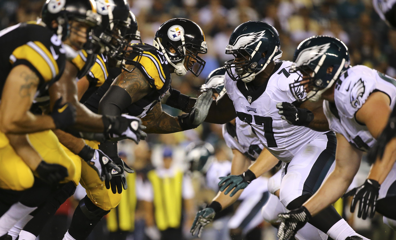 Big Ben prevails, picks apart Eagles defense... Steelers 38, Philly 29