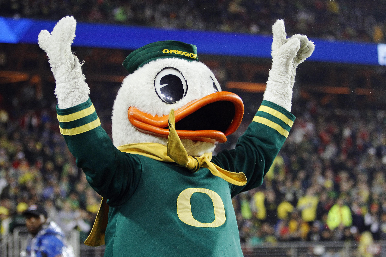 RECRUITING: 3-Star Popo Aumavae Commits to Oregon Ducks