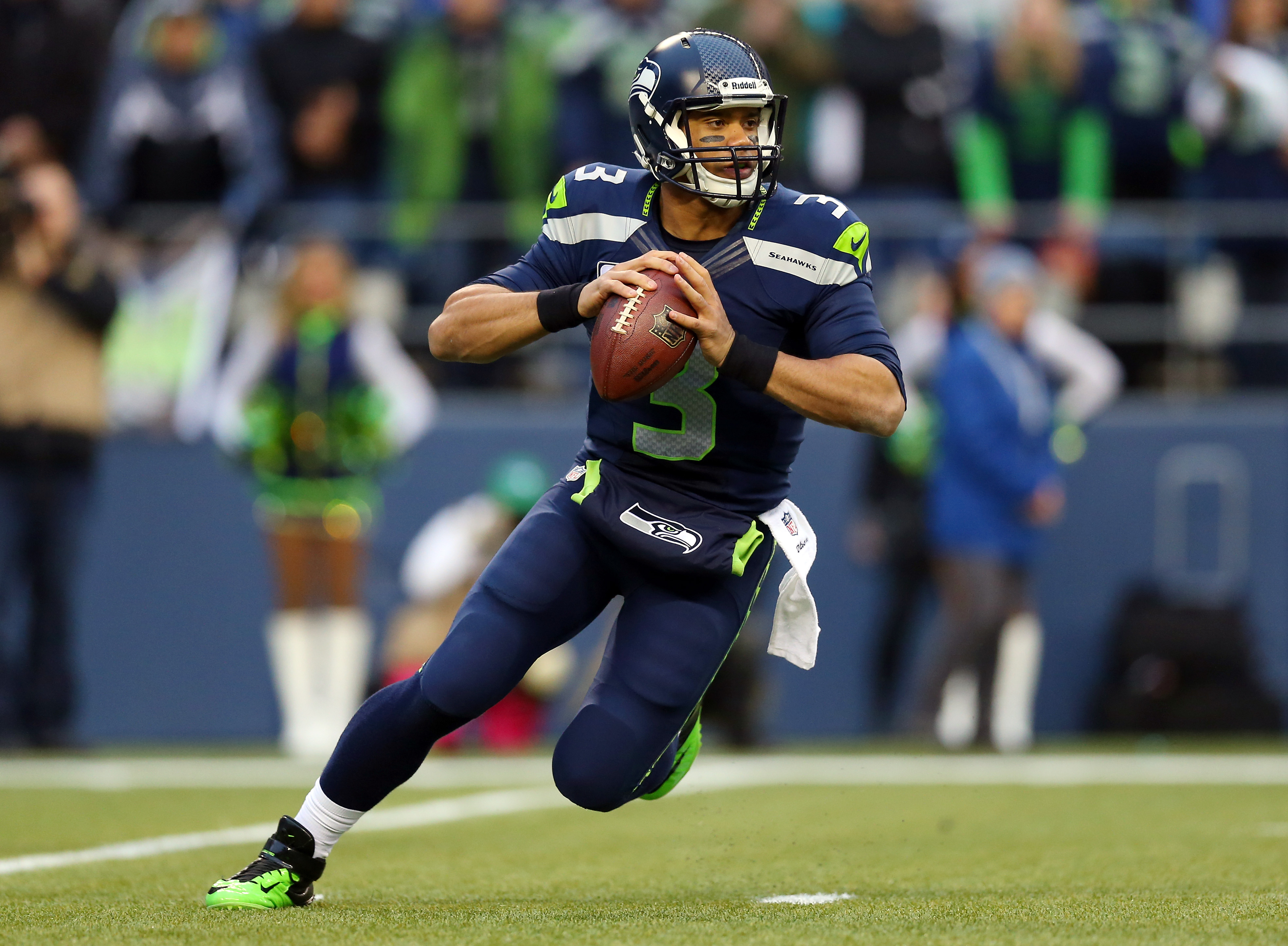 Russell Wilson Deserves Every Penny From the Seattle Seahawks