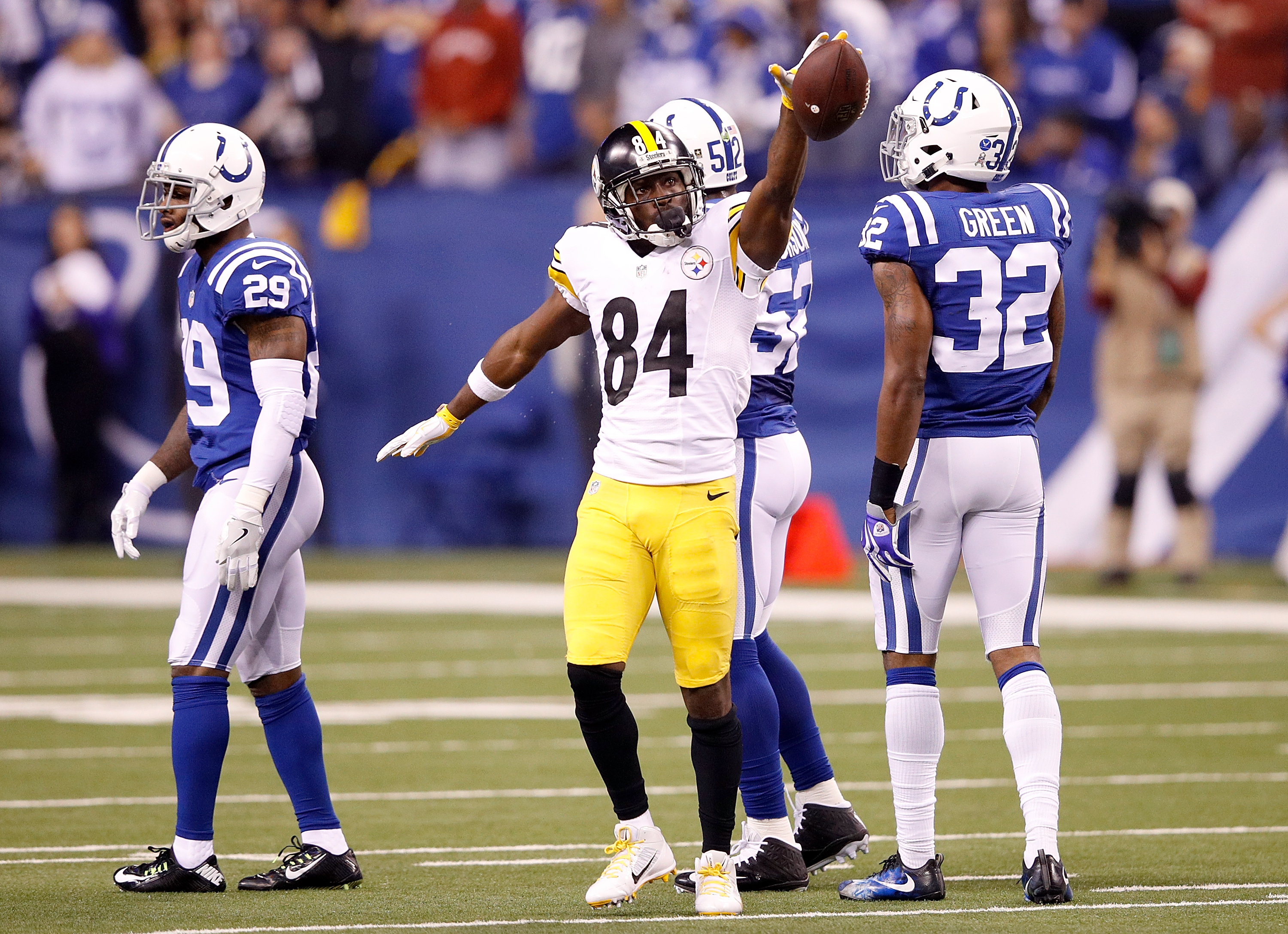 Steelers Coast Against Unlucky Colts 28-7
