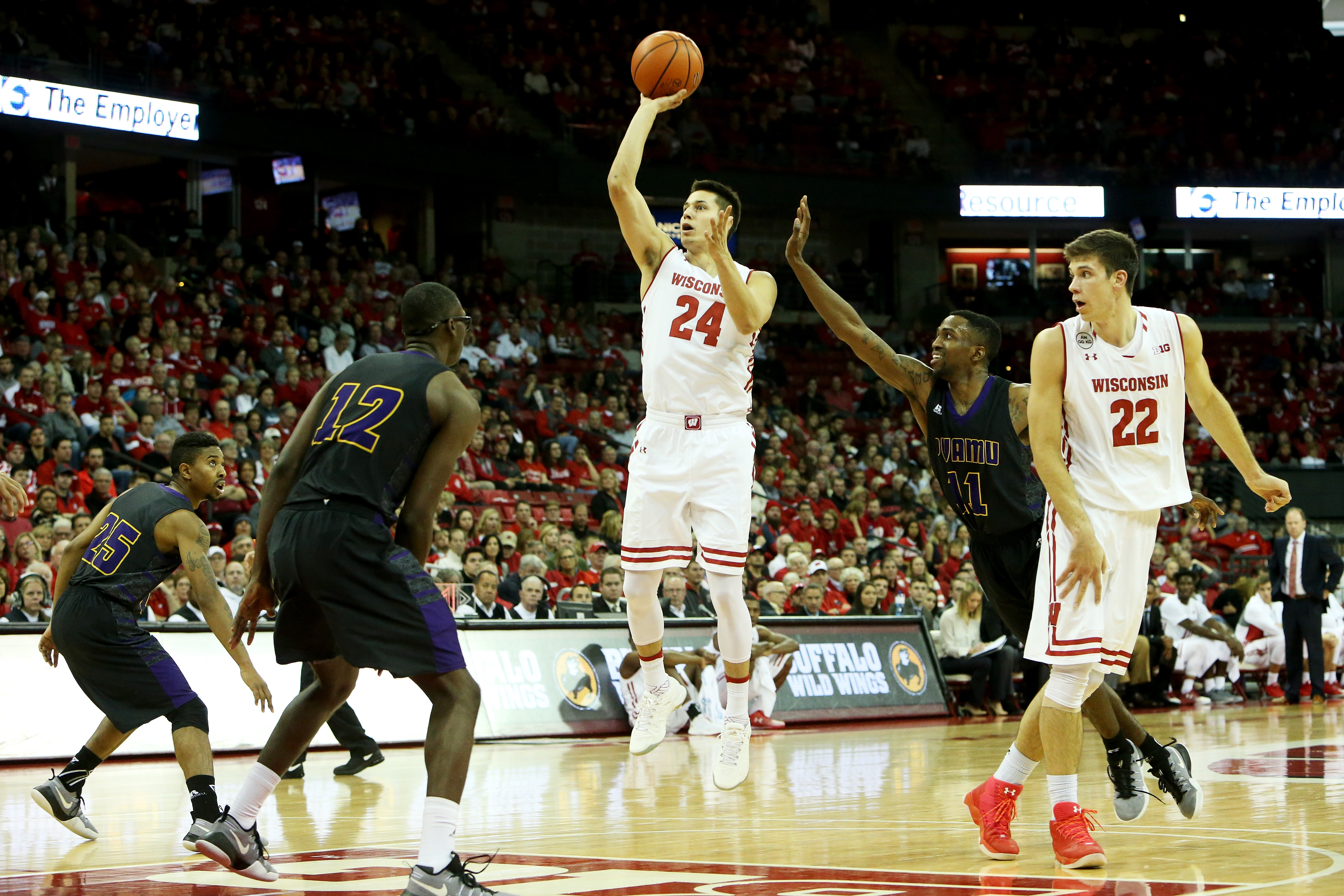 Badger Basketball Preview: Oklahoma Sooners' Edition