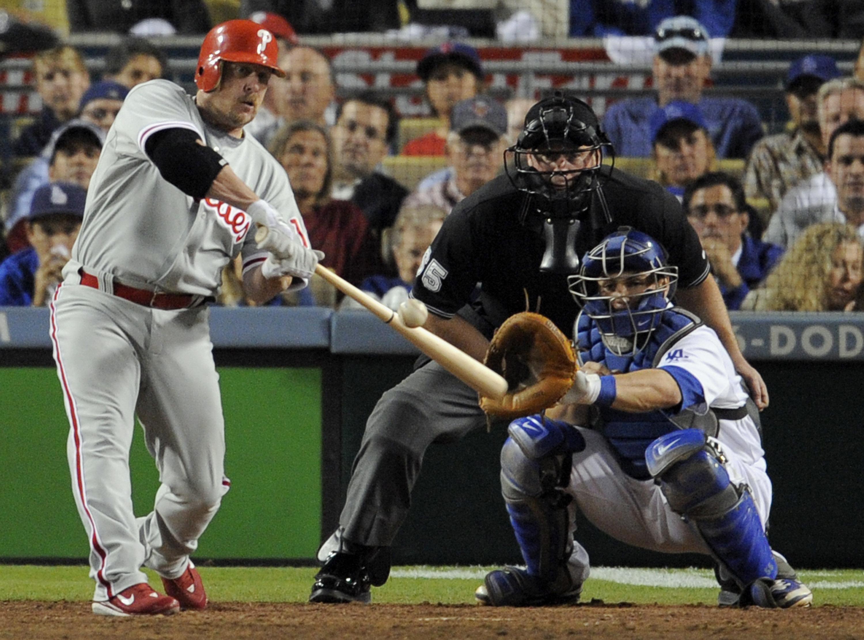 Phillies name Matt Stairs as new hitting coach