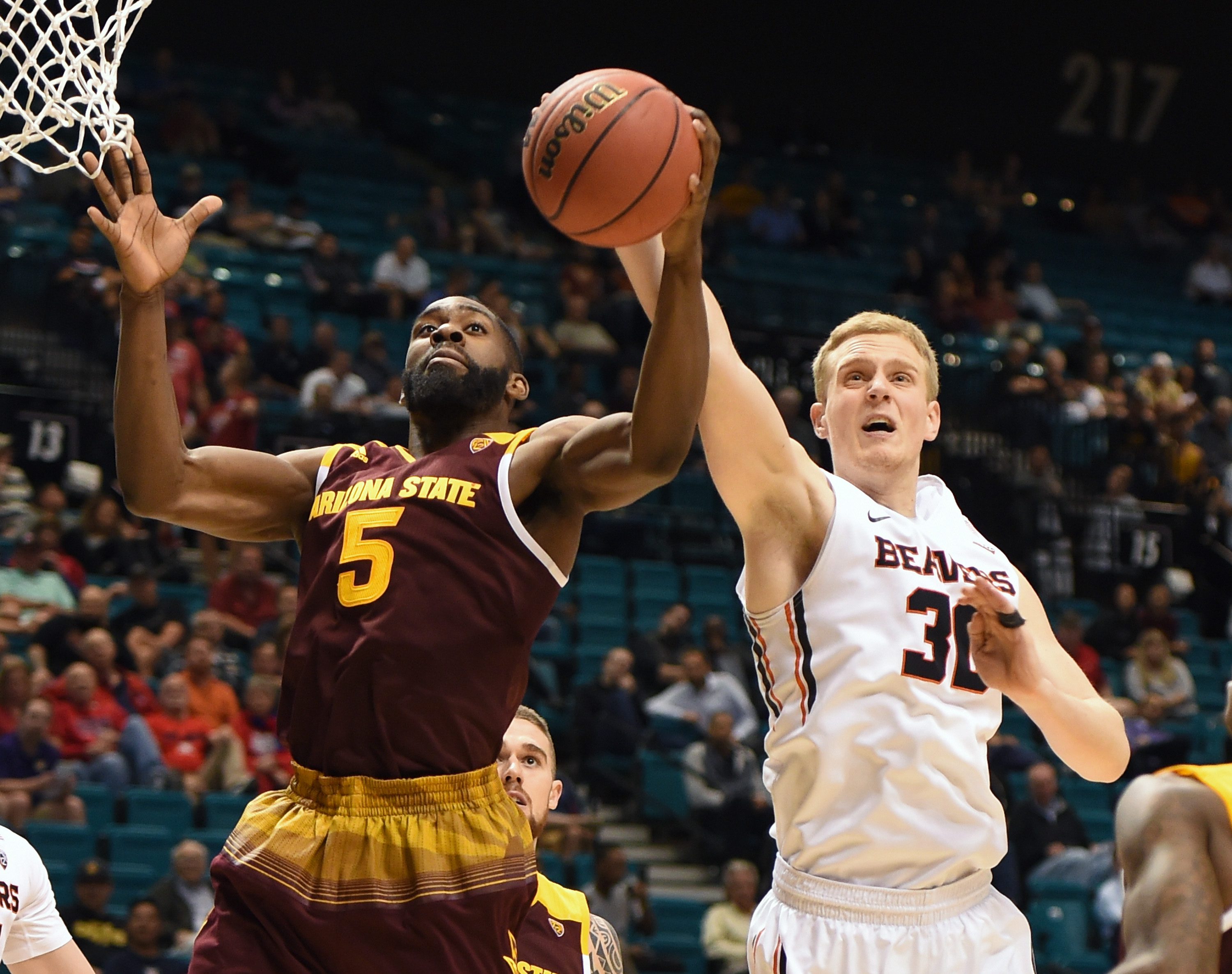WATCH: Purdue player posterized by Sun Devil