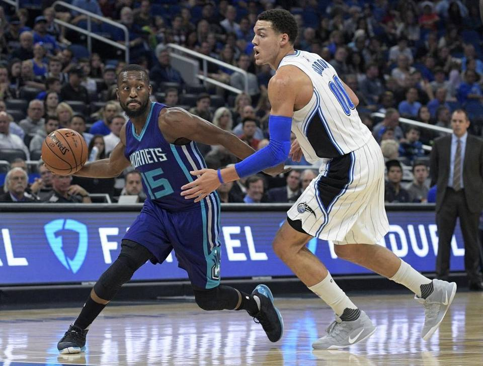 Hornets Work the Magic in a Blowout Victory