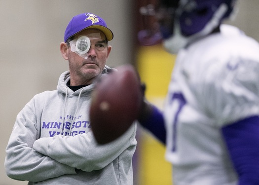 Fetty Wap offers support for Mike Zimmer