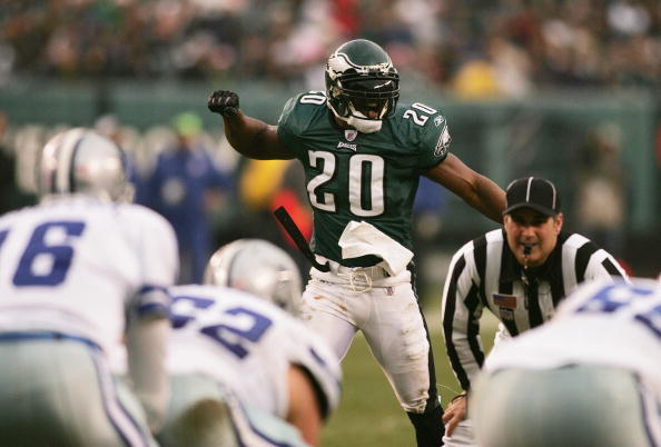 Brian Dawkins, Terrell Owens among 15 finalists for Pro Football Hall of Fame