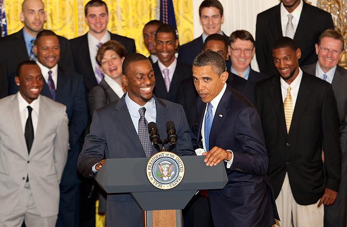Looking back at the time Kemba Walker willed his Huskies to the White House