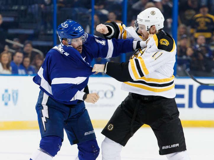 Game Recap: Lightning Rally Falls Short, Lose 4-3 To Bruins