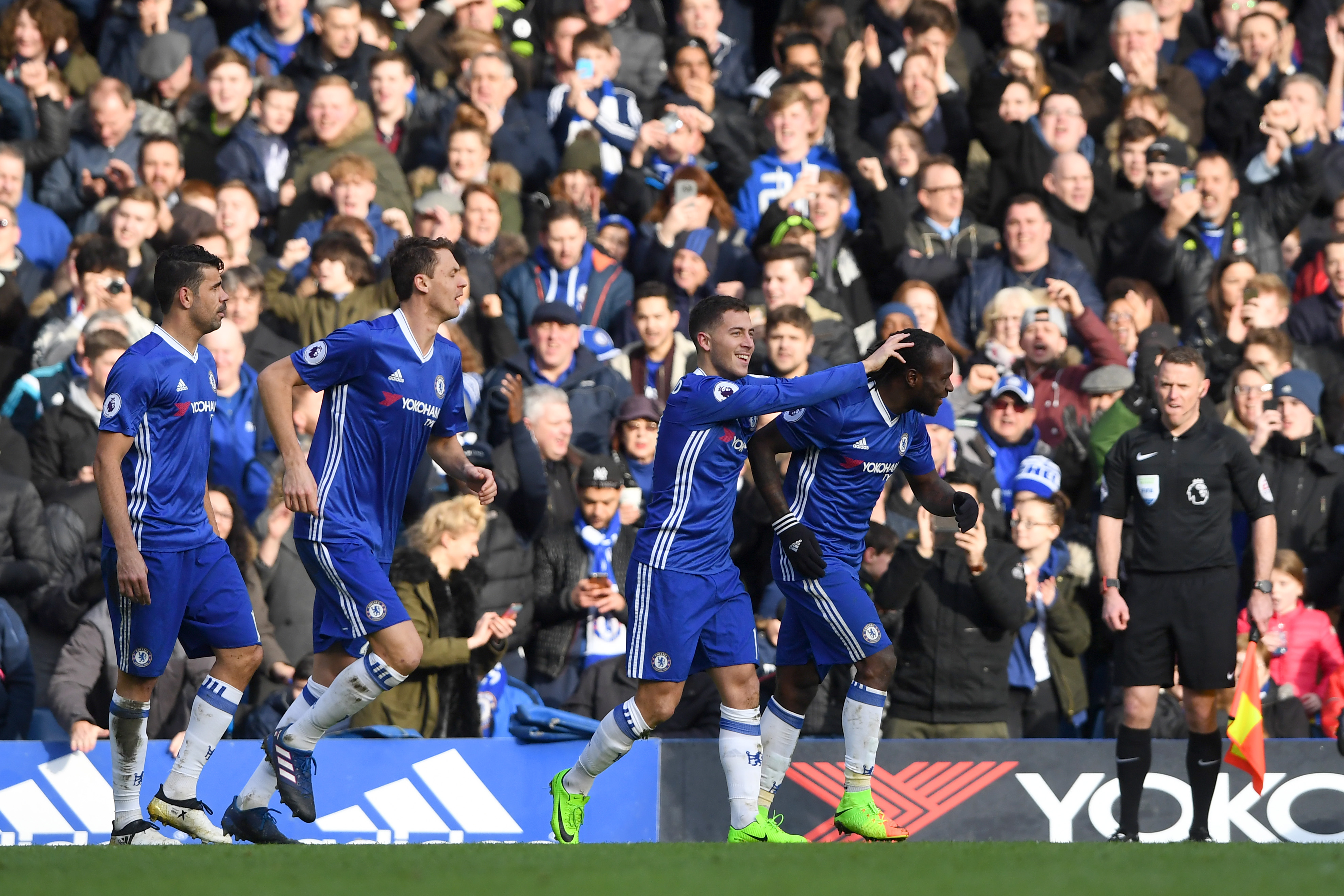 Can anyone stop Chelsea from winning EPL title?