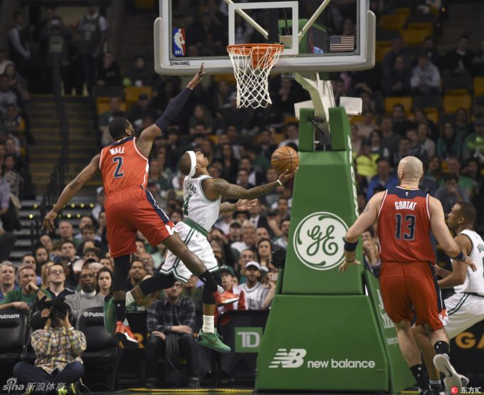 Videos of the Day: IT returns, Celtics beat Wiz