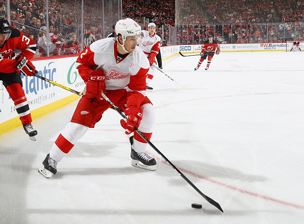 New York Rangers acquire Brendan Smith from Detroit Red Wings