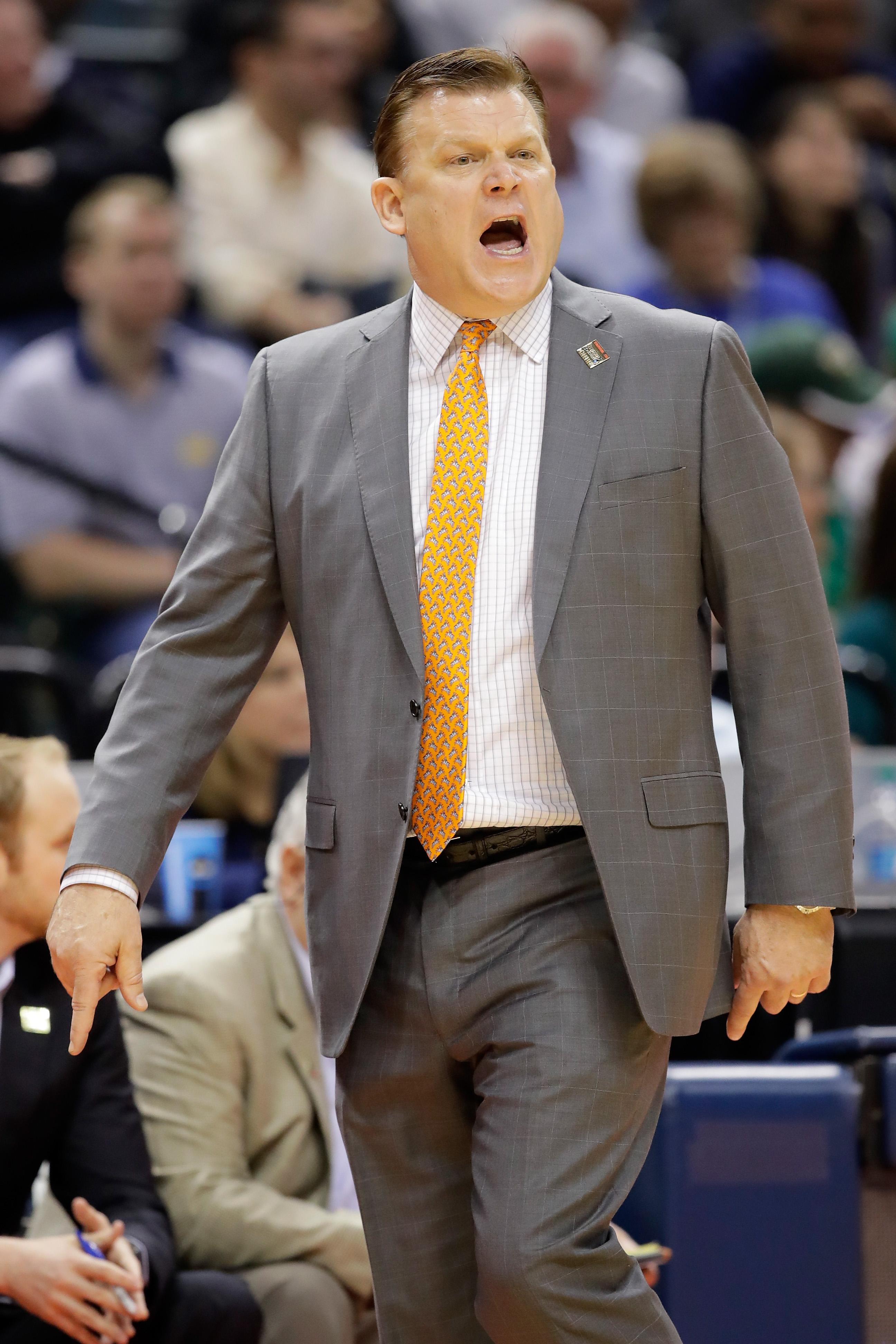 Illinois Hires Oklahoma State's Brad Underwood As Head Coach