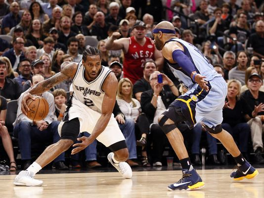 Spurs hold off second half surge from Grizzlies to take Game 2