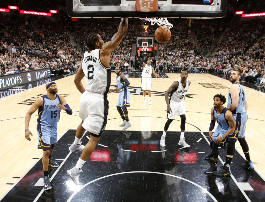 Leonard, Spurs Display Offensive Superiority to begin Round One