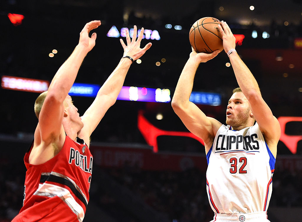 NBA Free Agency: Griffin stays in L.A., Teague to Minnesota