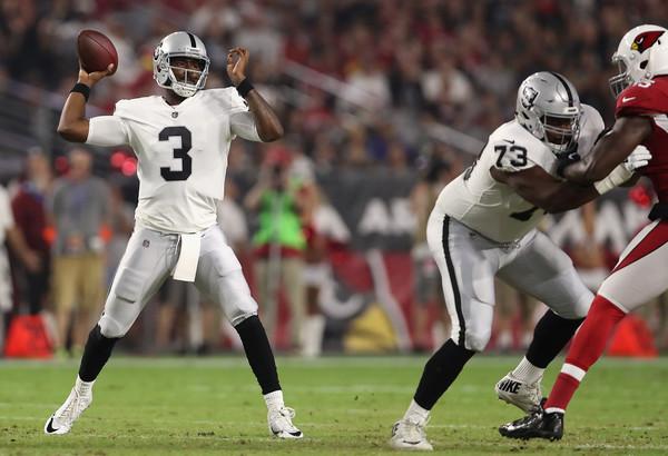 Oakland Raiders had brights spots at QB and ILB Saturday
