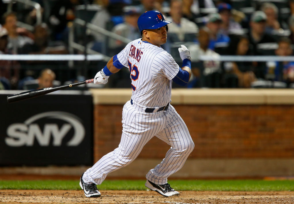 New York Mets Re-Sign Phillip Evans to Minor League Deal
