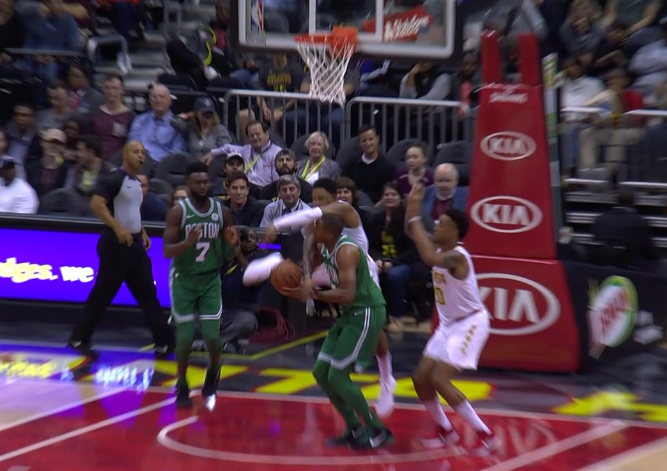 Horford in concussion protocol, out tonight