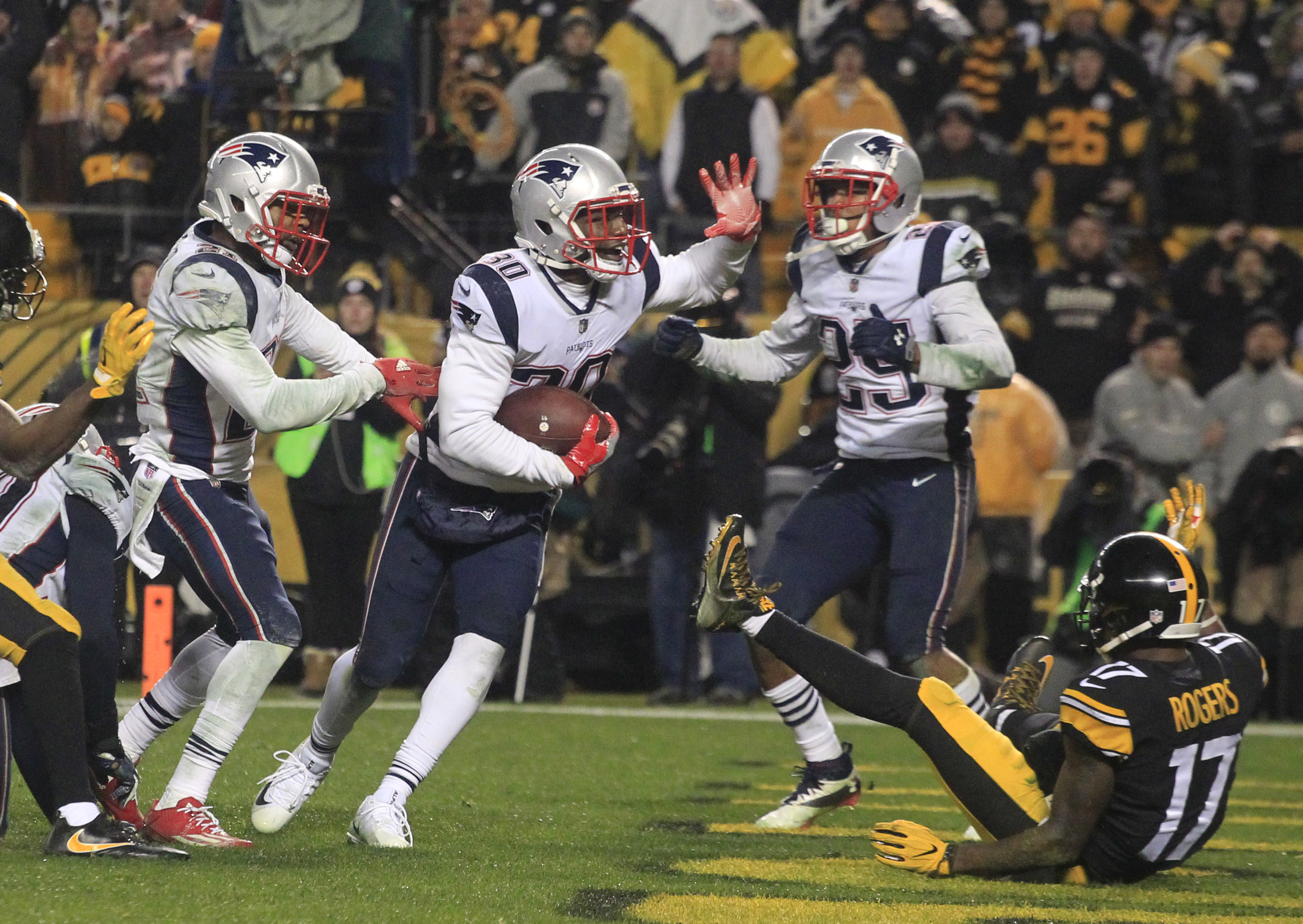 Fake Spike Interception Leads To Patriots Win Over Pittsburgh