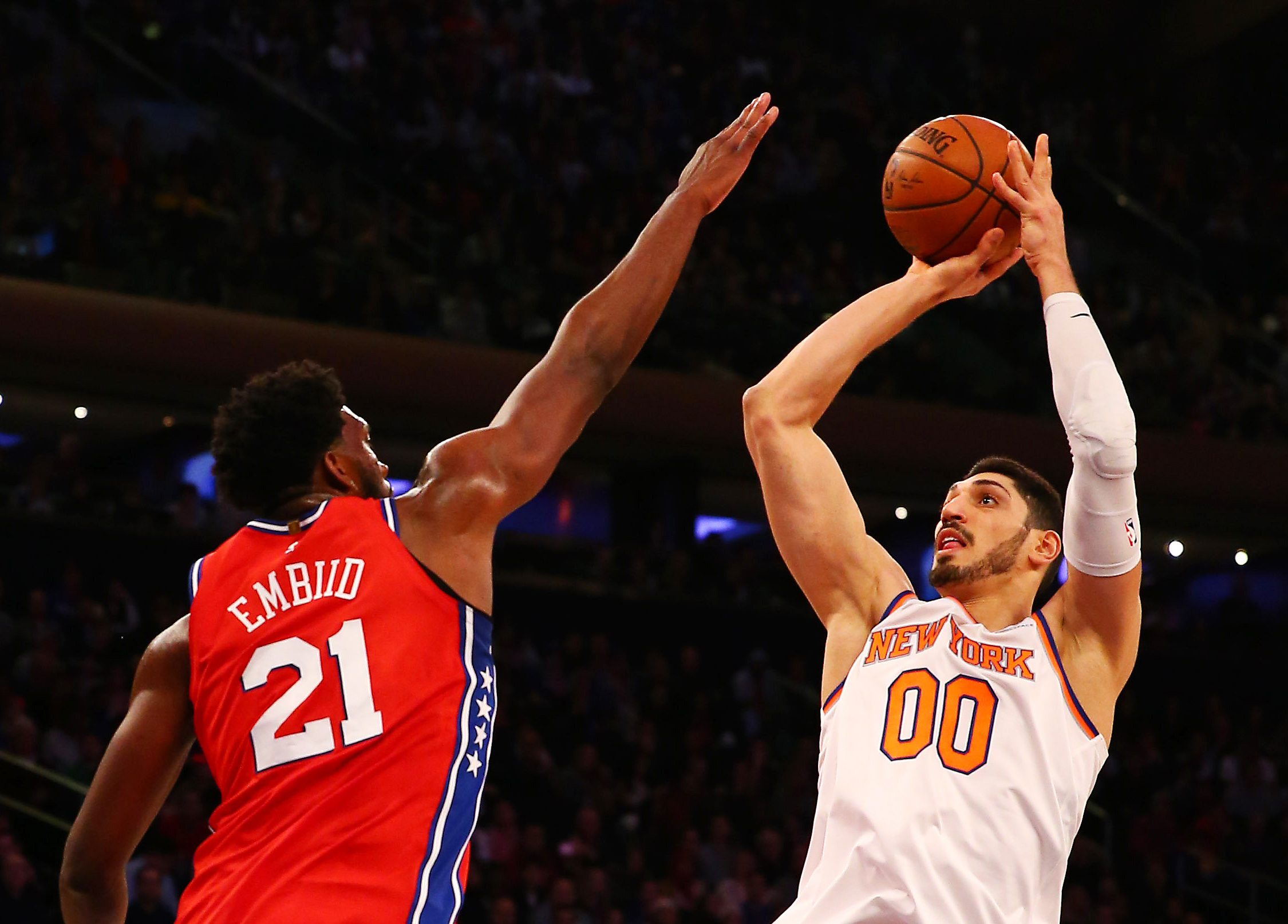 """Enes Kanter Lives Up To His """"Christmas Gift"""" Moniker"""