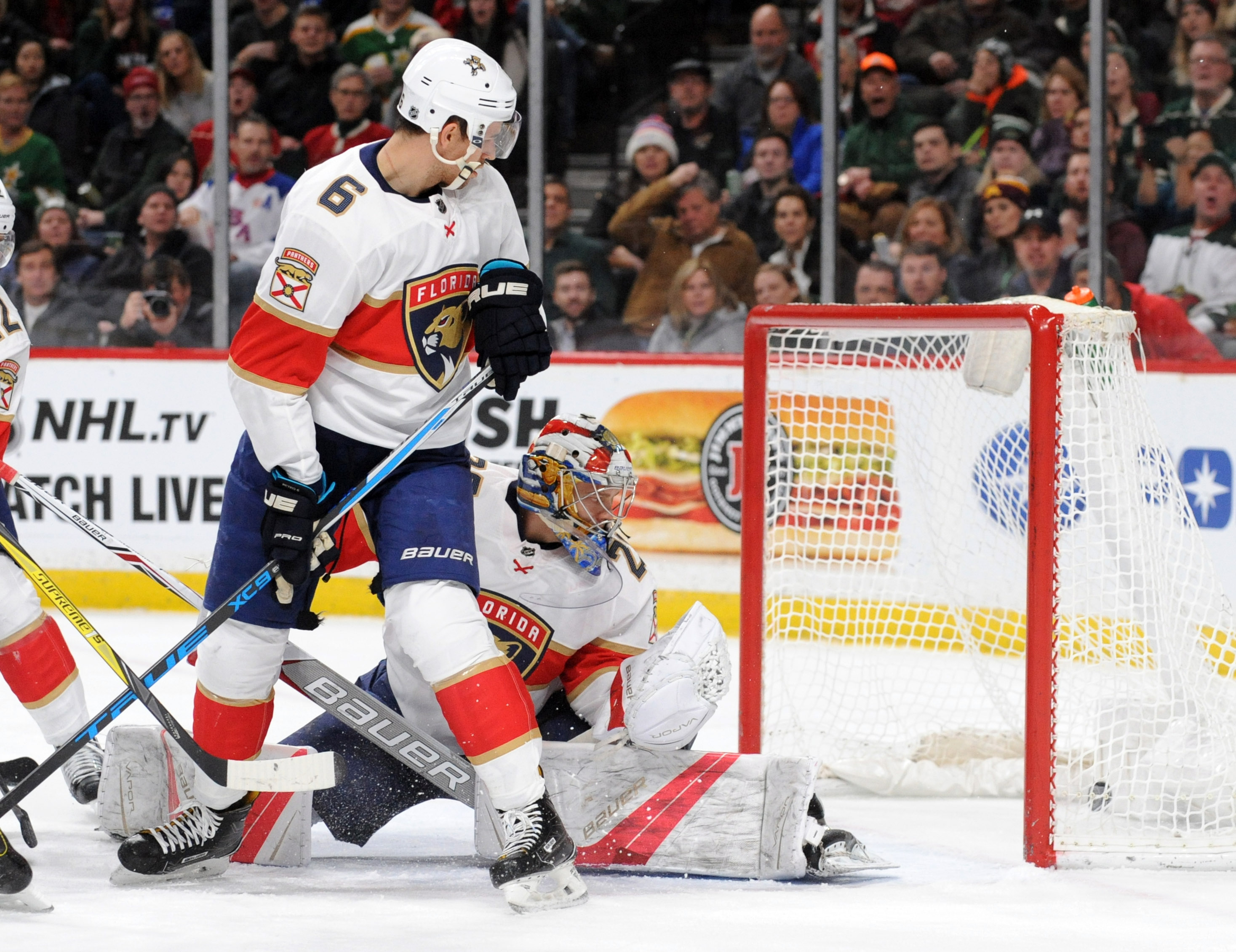 Cullen, Staal Carry Wild to 5-1 Victory Over Florida