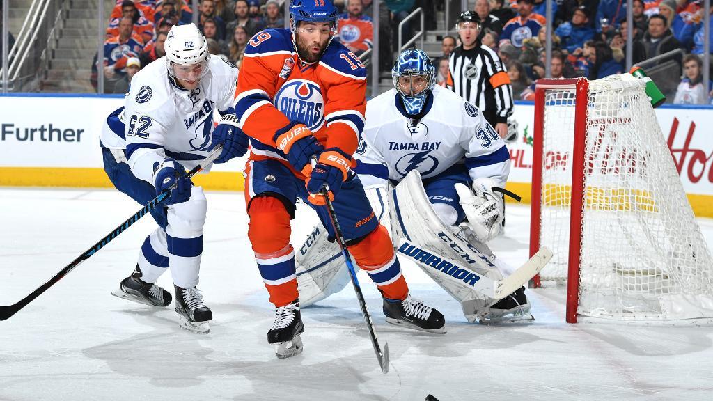 McDavid Goes Supernova as Oilers Crush Lightning