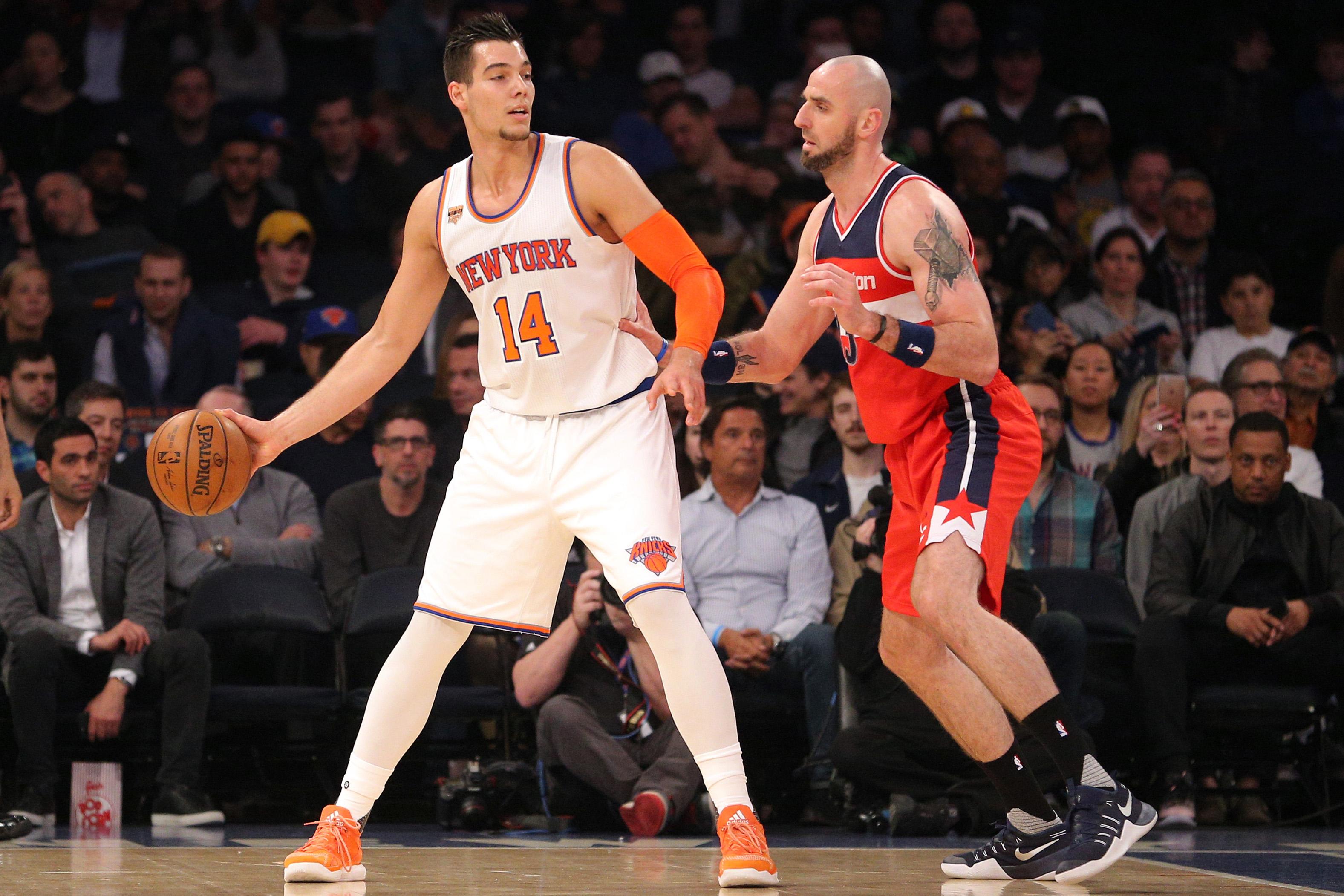 Knicks trading Willy Hernangomez to Hornets