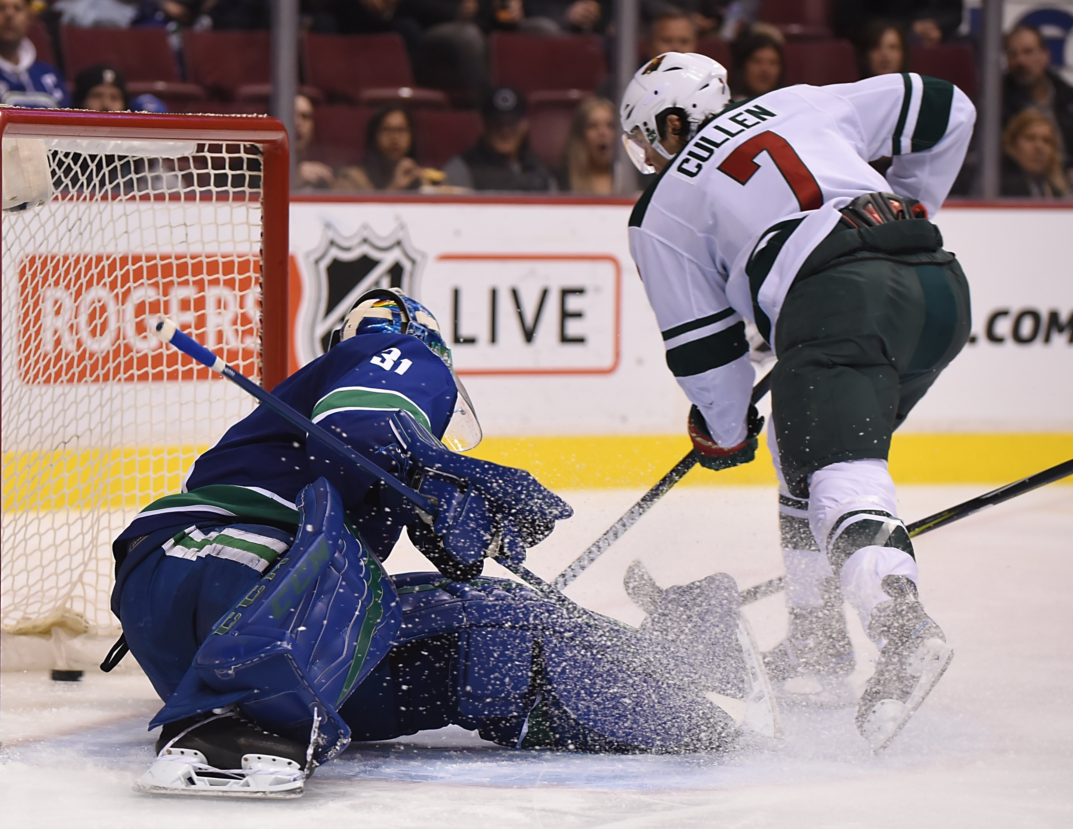3rd Line Steps Up For the Wild in 5-2 Victory Over Vancouver