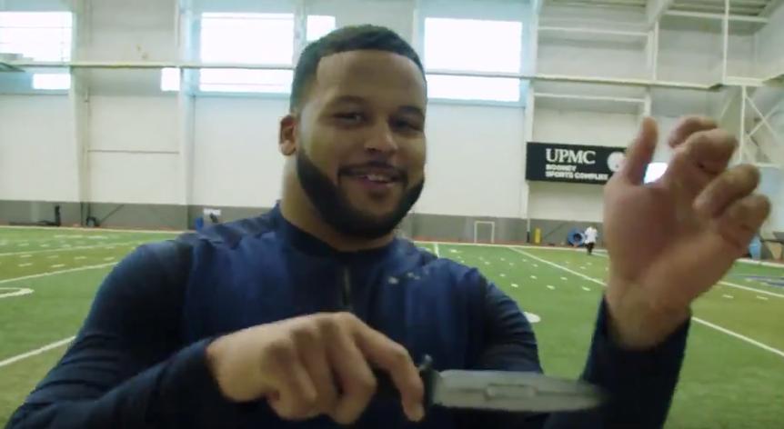 Watch Aaron Donald explain crazy knife drill he's been doing