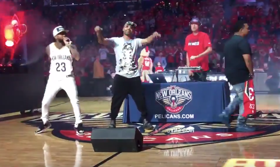 Juvenile performs at halftime of Trail Blazers-Pelicans game (VIDEO)