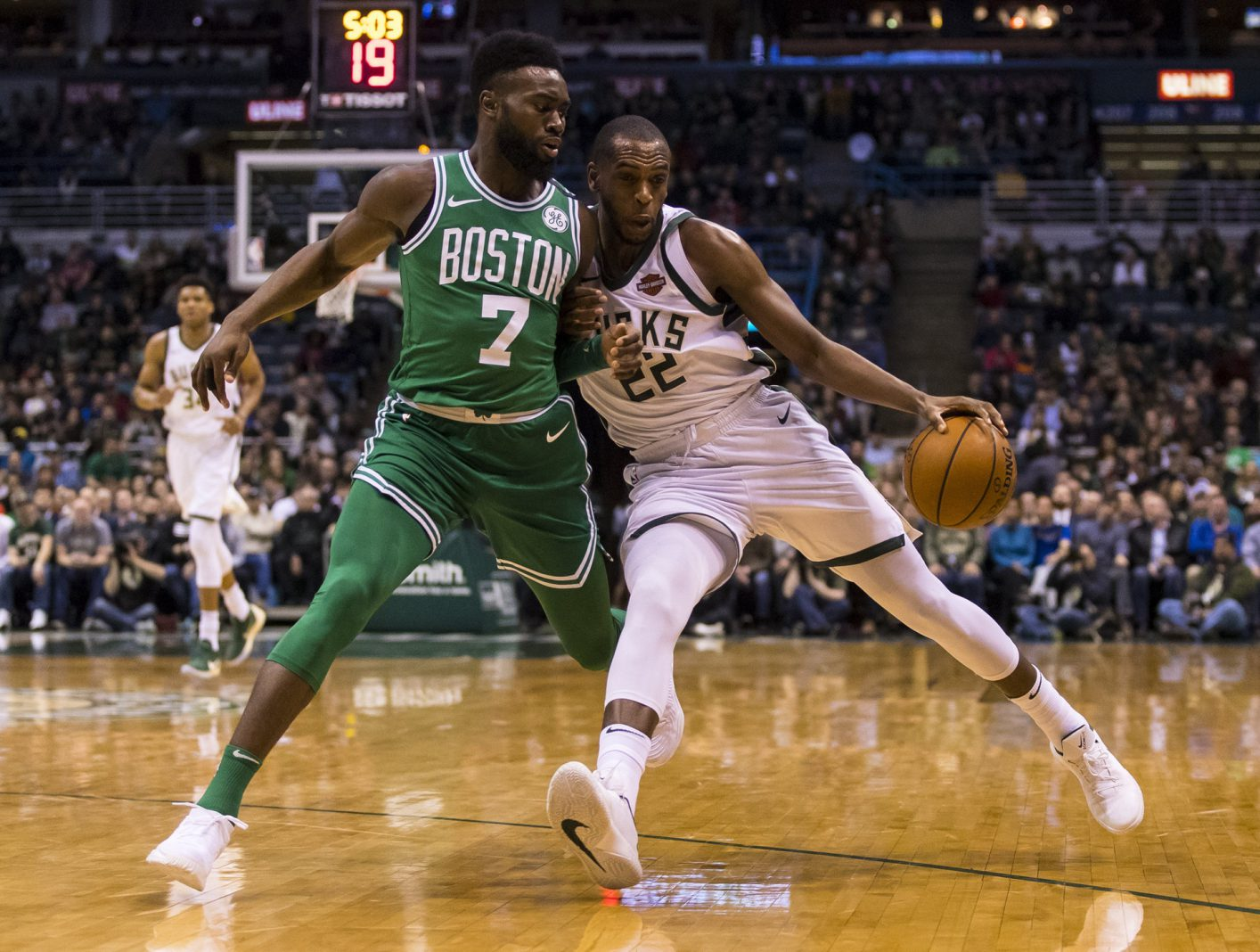 Recap: Shorthanded Celtics smacked around in paint vs. Bucks
