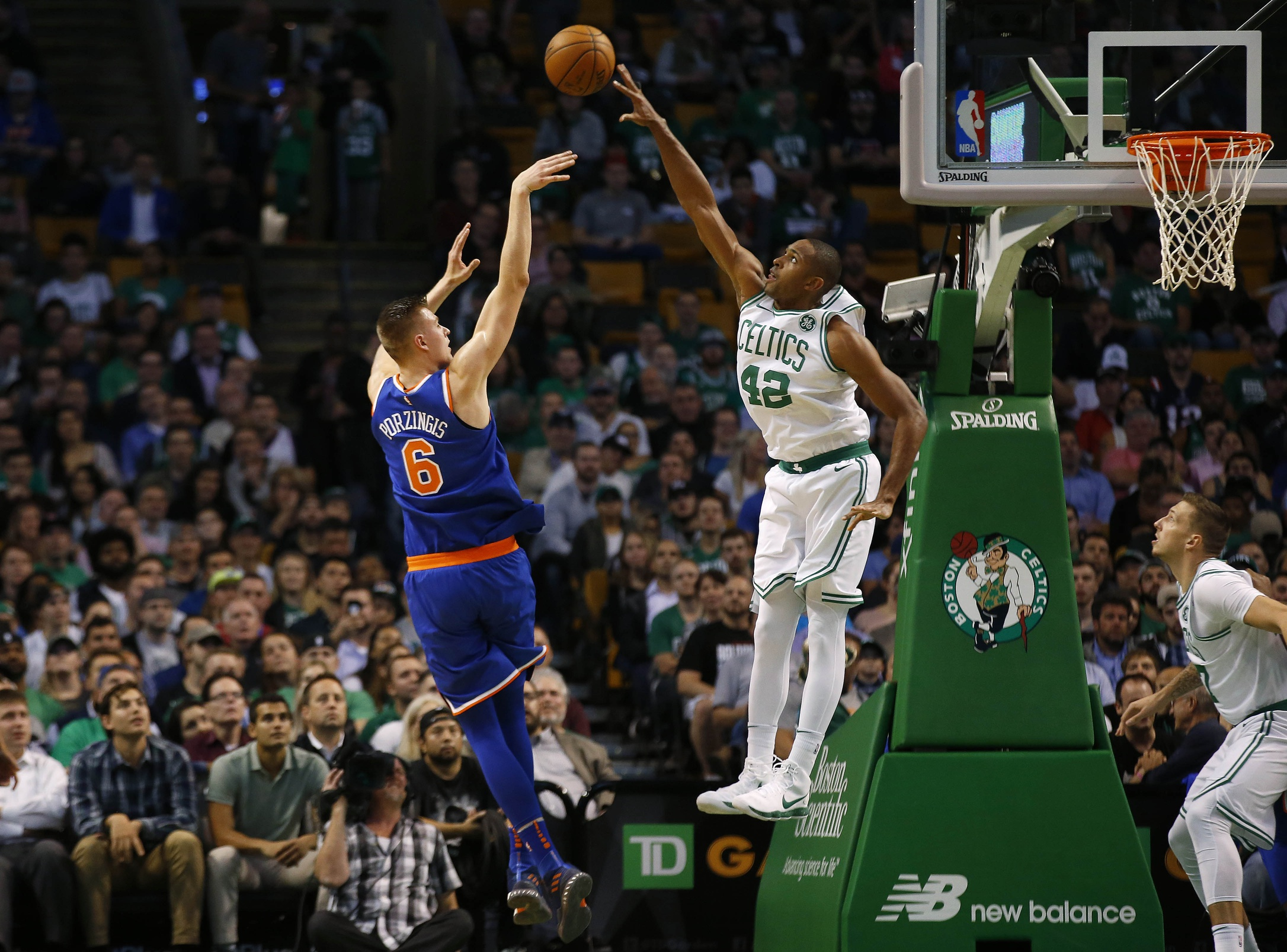 Al Horford makes All-Defense team (and he's the only one)