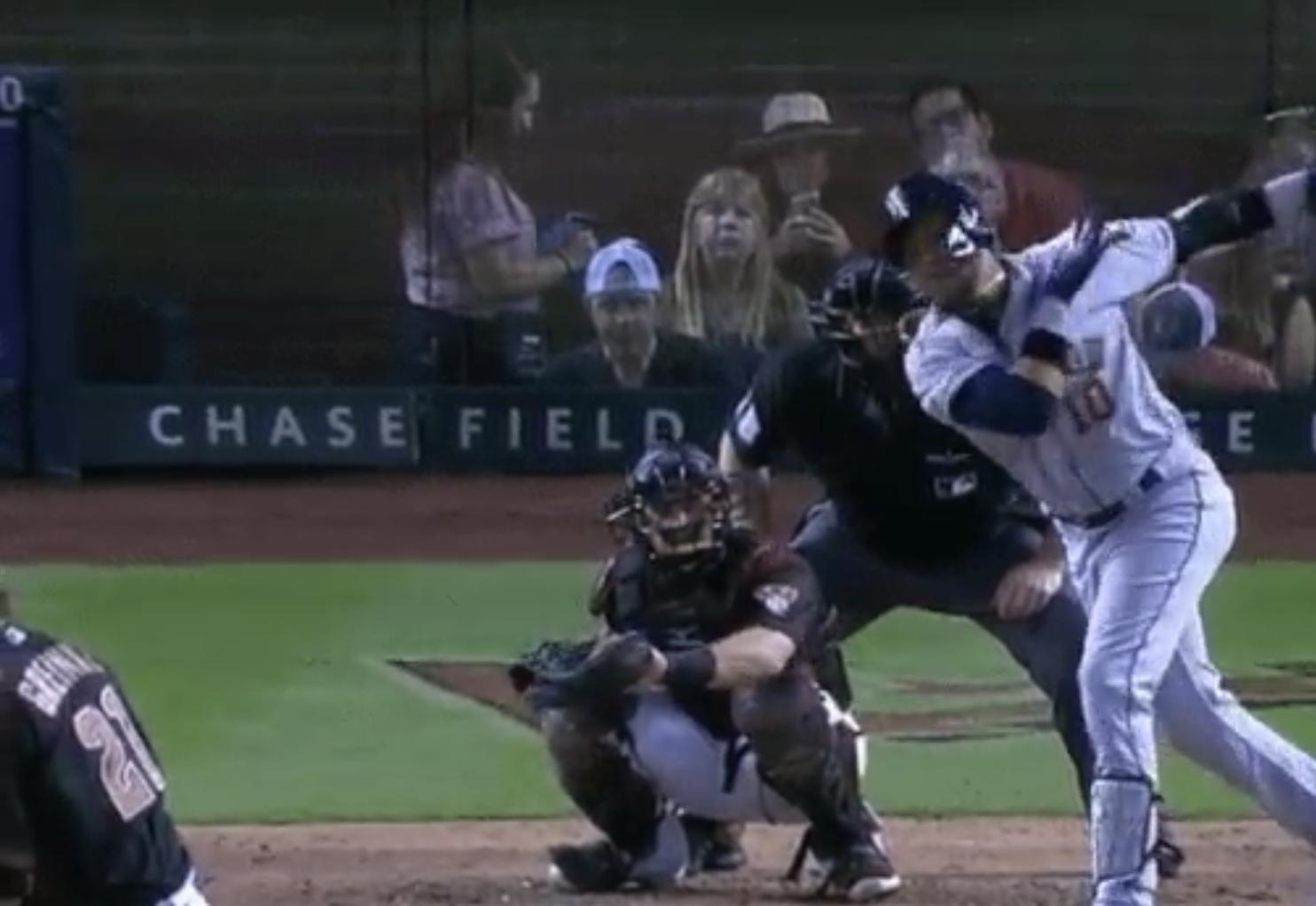 Zack Greinke embarrasses Yuli Gurriel with 67-mph eephus curveball
