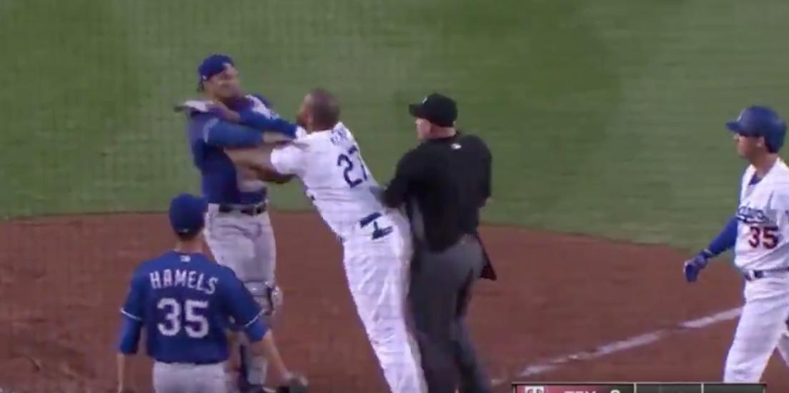 Matt Kemp, Robinson Chirinos spark Dodgers-Rangers fight