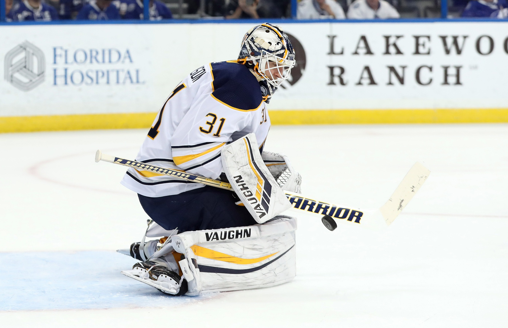 Blues sign backup goalie Chad Johnson to a one-year deal