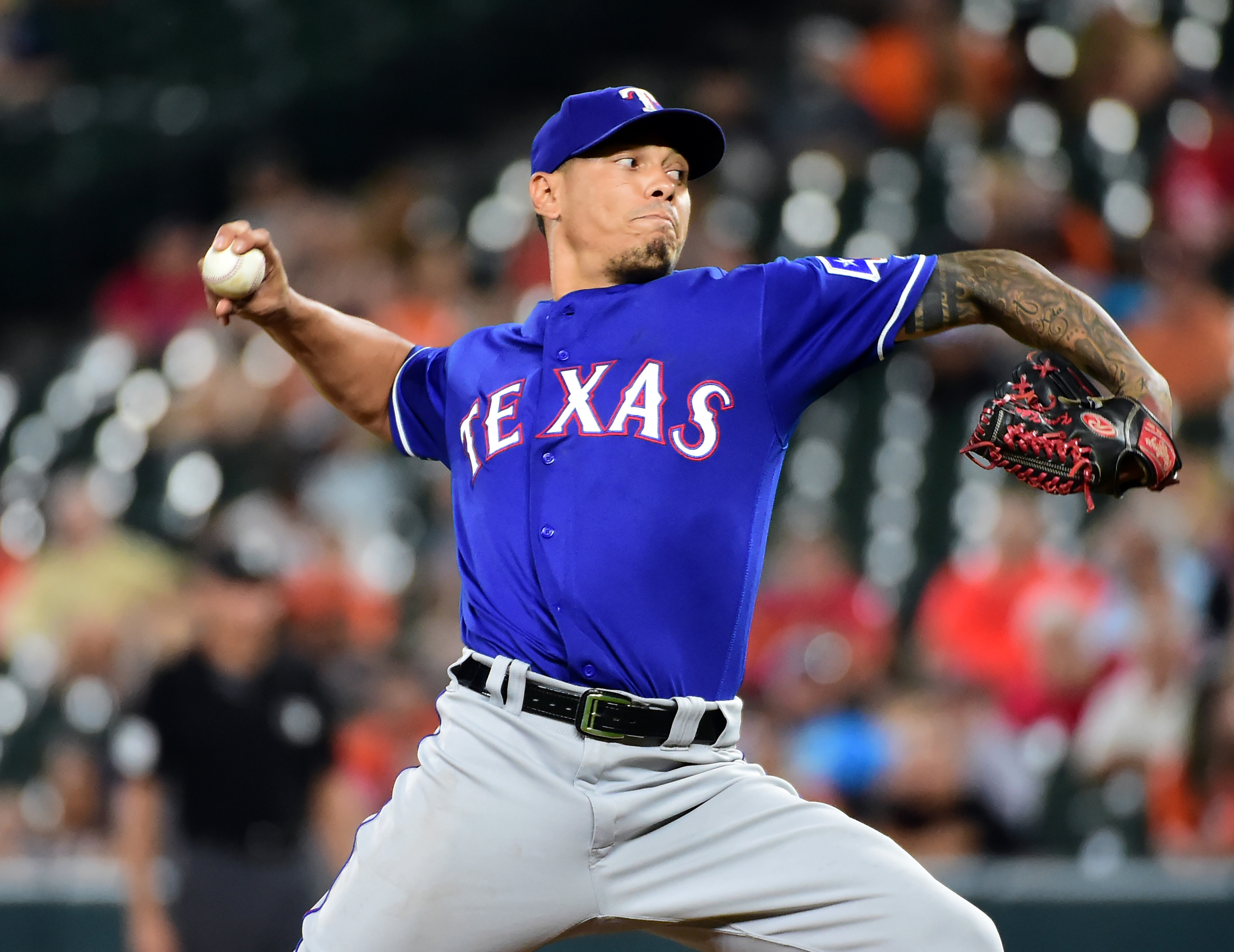 Pirates make bold move acquiring Keone Kela from Rangers