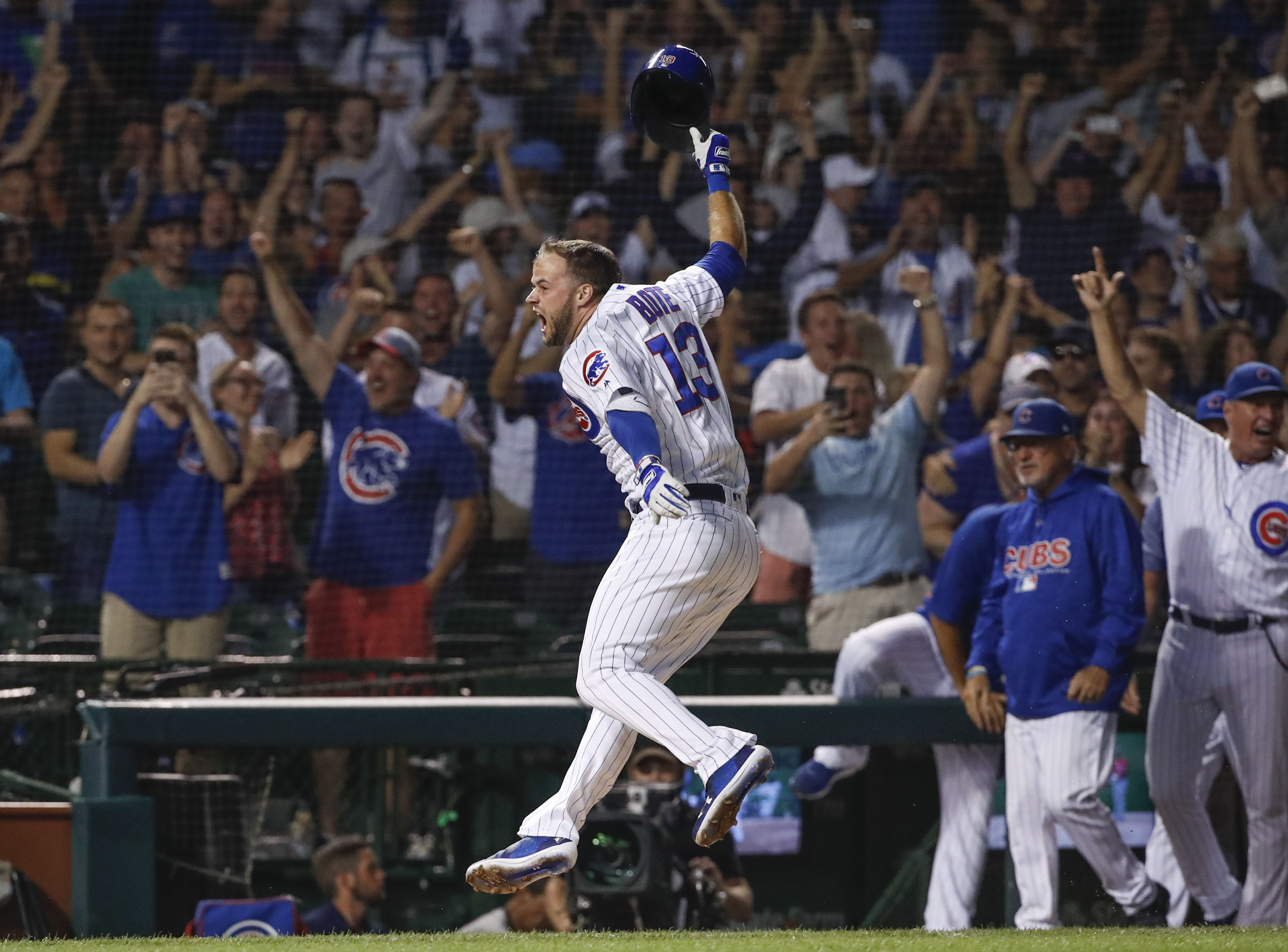 David Bote crushes walk-off grand slam to lift Cubs over Nationals