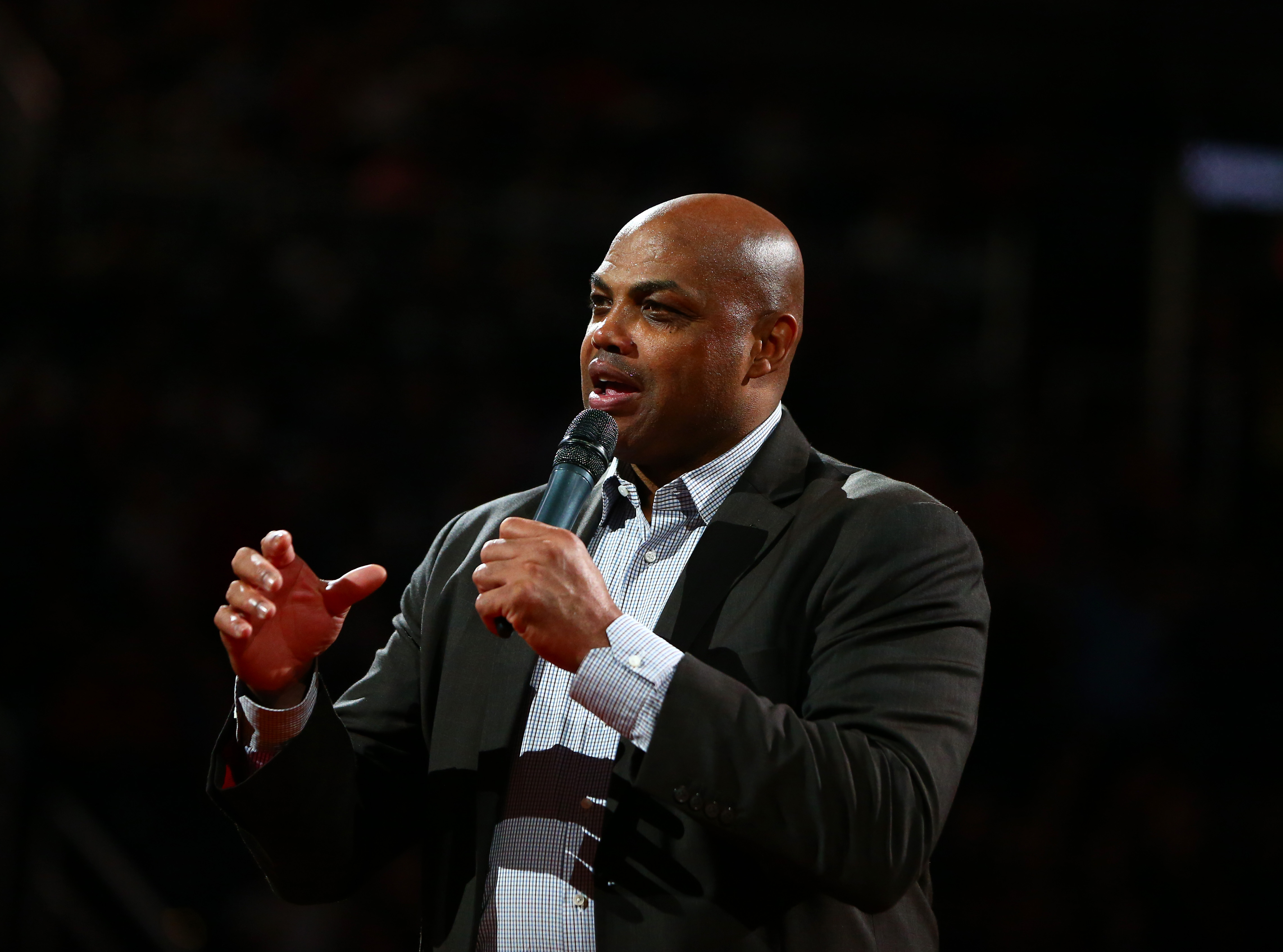 Charles Barkley claims Lakers 'are not even close' to contending