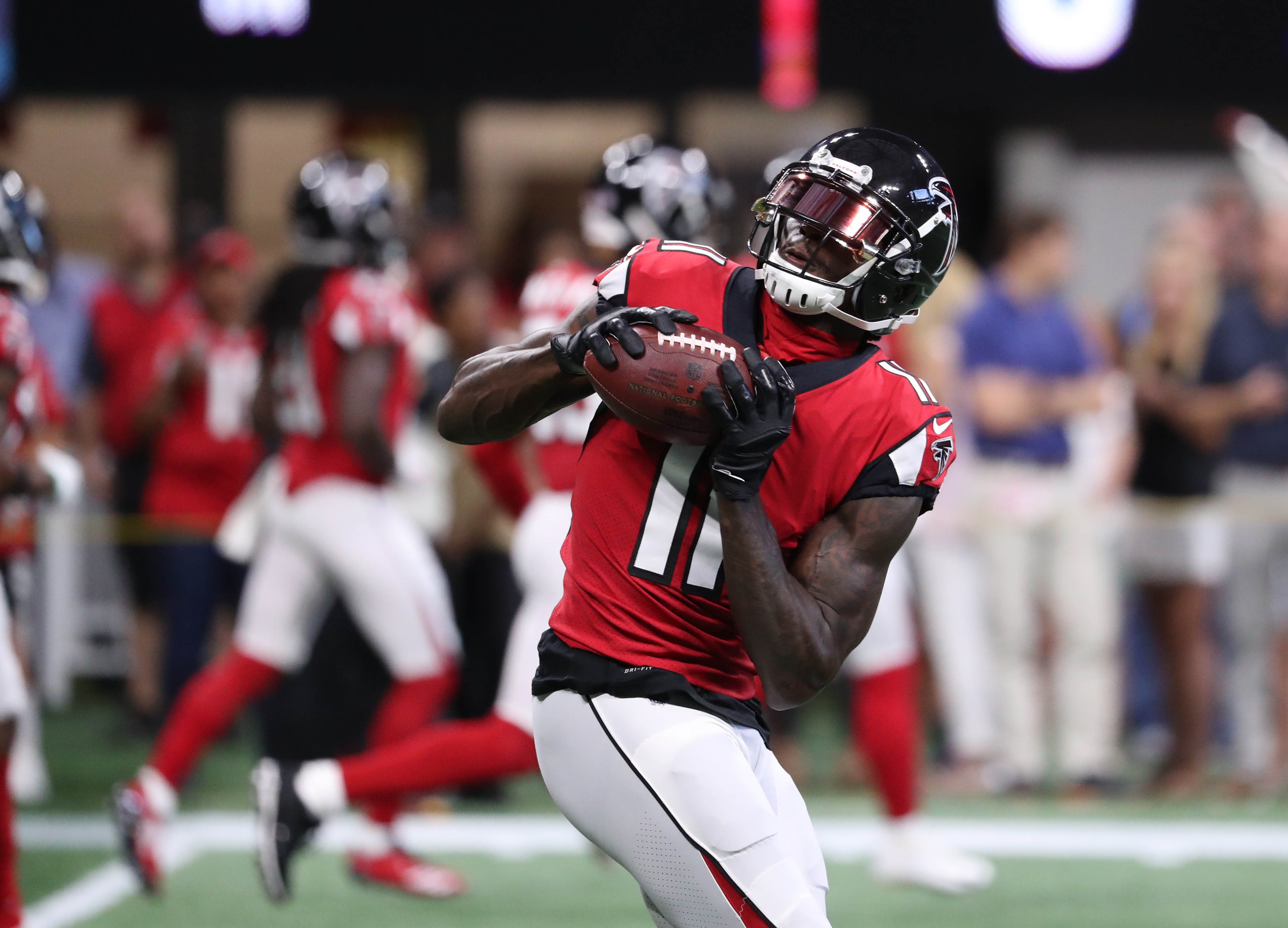 NFL fans furious that Julio Jones' apparent catch was ruled incomplete