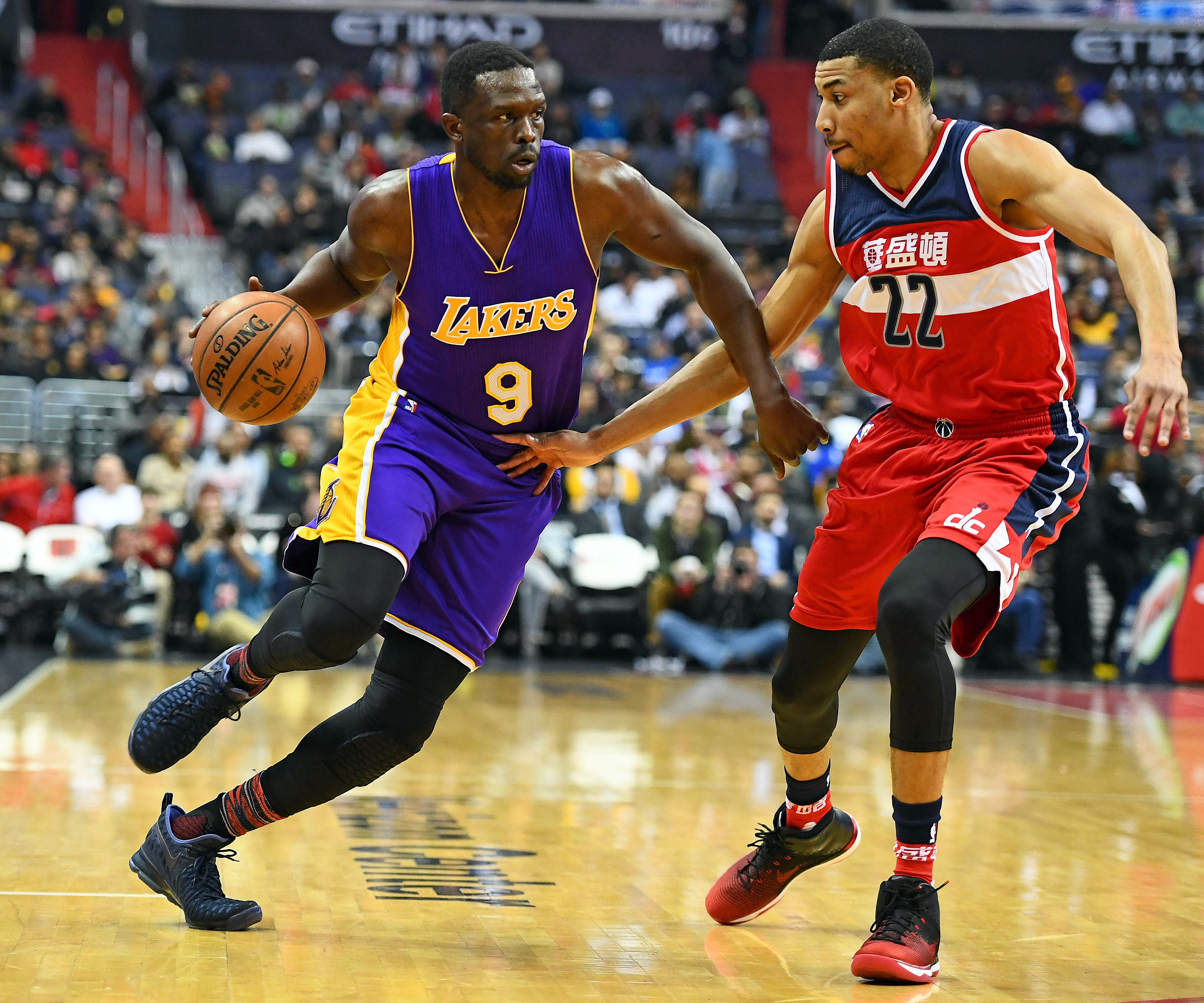 Luol Deng, Lakers