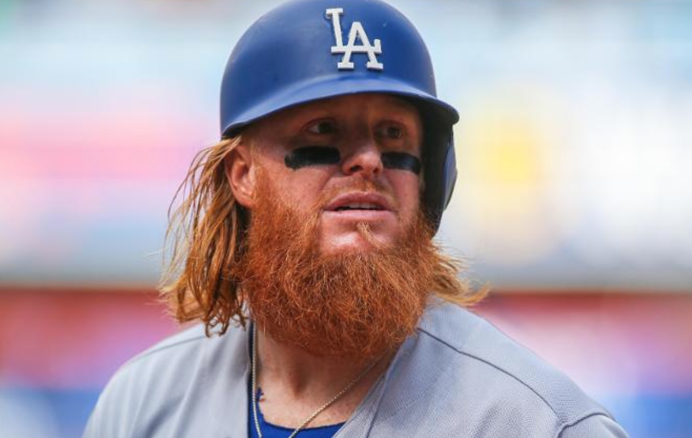 Look: Justin Turner shaves beard, is now unrecognizable