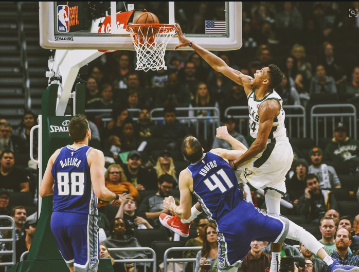 Watch: Giannis Antetokounmpo stretches out, throws down ridiculous dunk