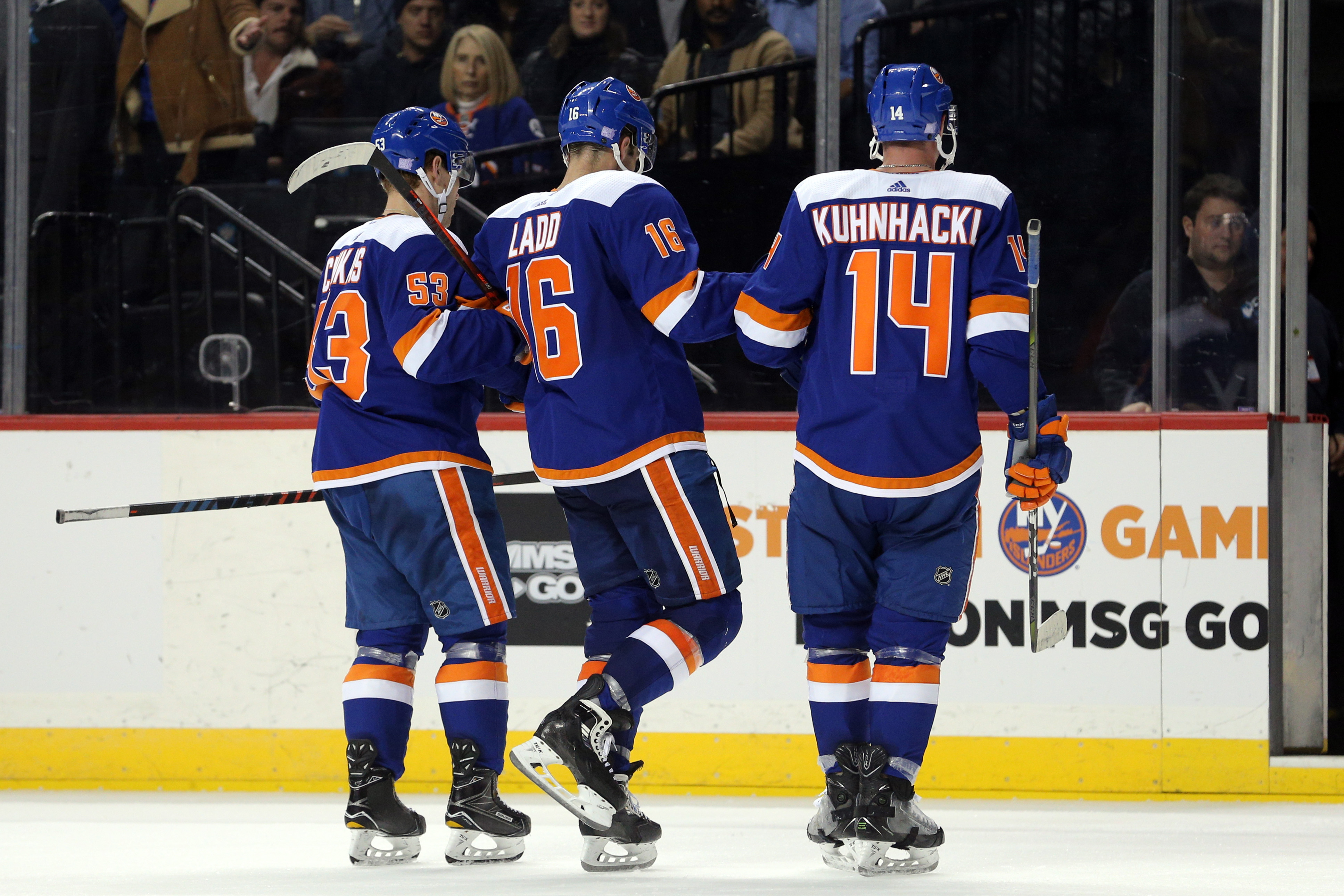 Watch: Islanders' Tom Kuhnhackl Scores From His Back | The Sports Daily