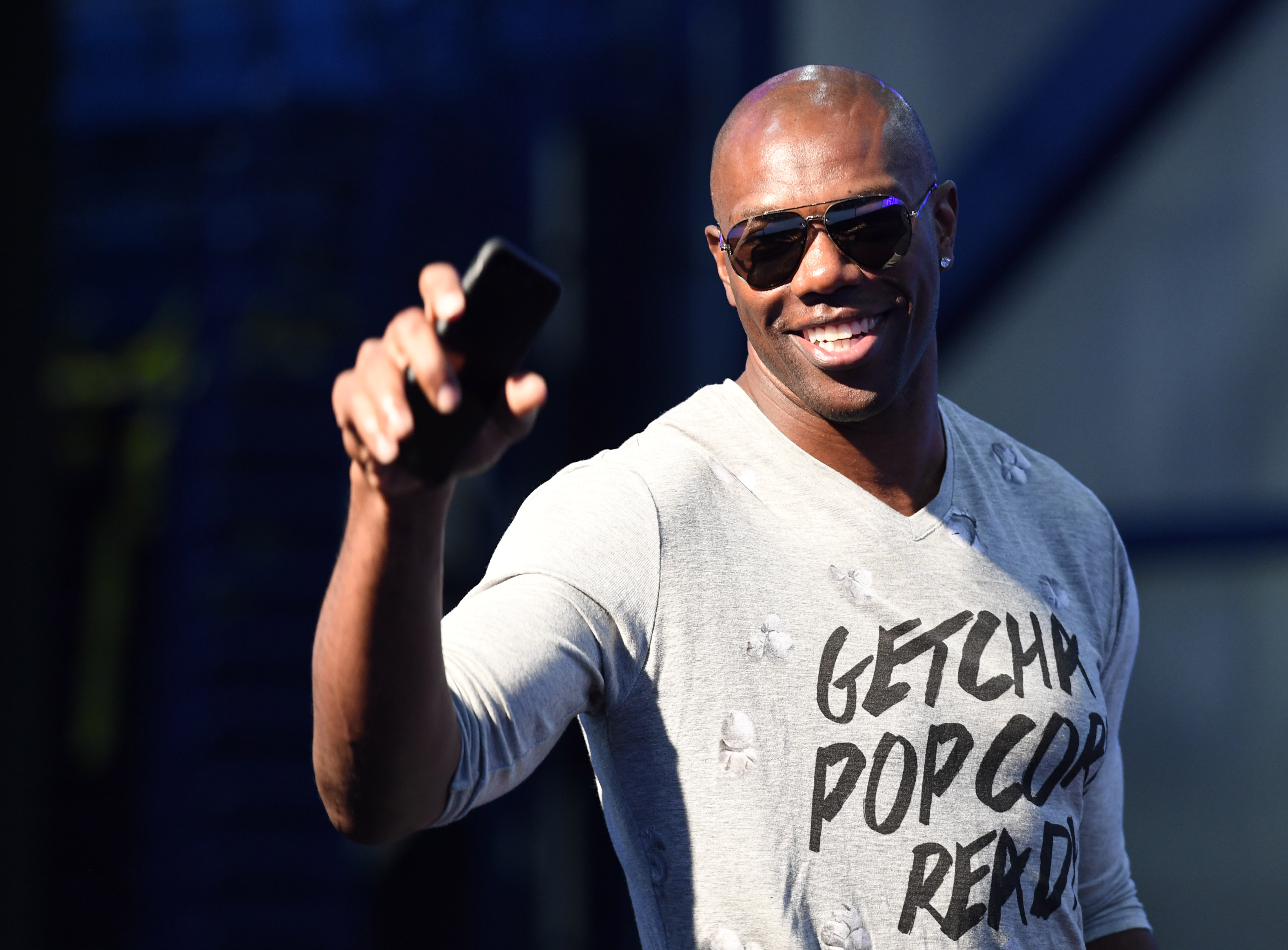 Terrell Owens: 'The Writing Is On The Wall' For Eli Manning