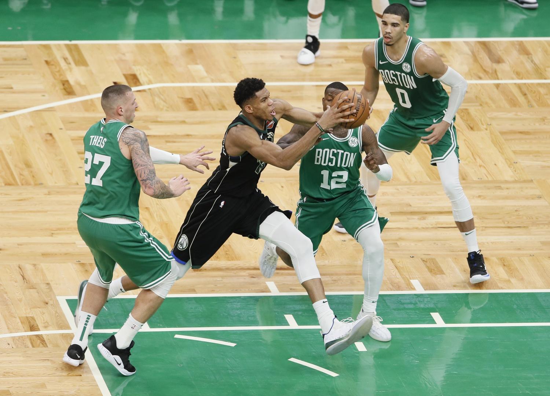 Recap: Bucks clobber offensively challenged Celtics