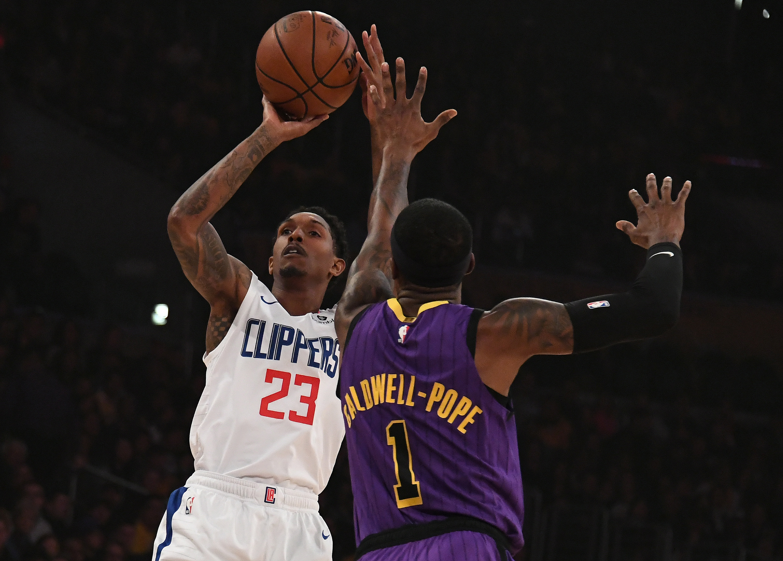 Clippers continue to own Lakers 118-107
