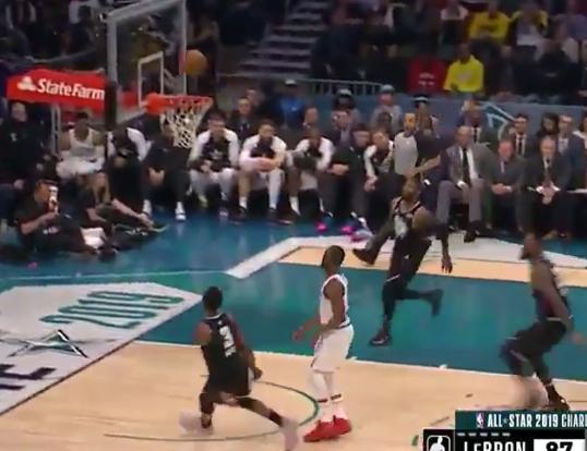 LeBron James, Dwyane Wade hook up on alley-oop one last time (Video)